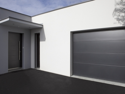 Portes de garage ftfm la toulousaine for Porte sectionnelle garage 3m